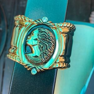 Unique cuff bracelet gold tone